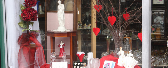 Shop for your Valentine in the Otford Antiques Centre