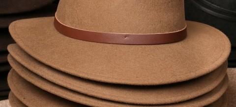 Men's Hats and Scarves at Mille-Fleurs